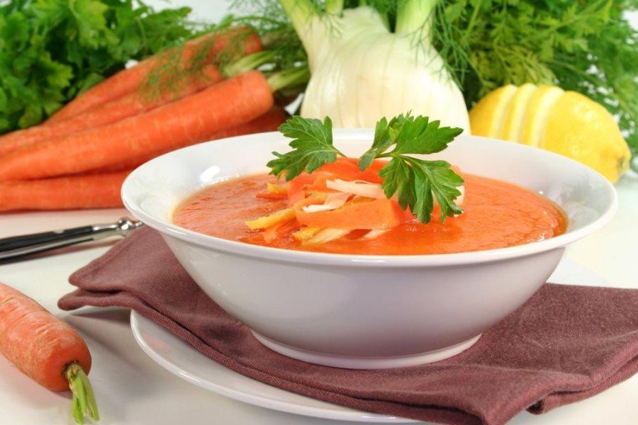 morkovnniy-sup-iz-jablok
