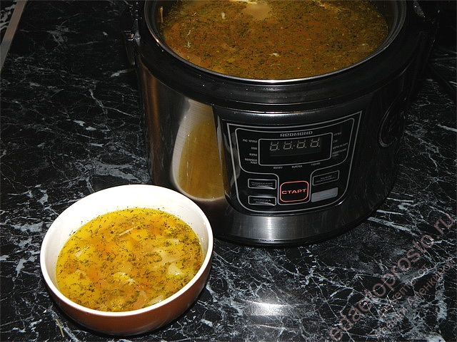 Куриный суп приготовленный в мультиварке