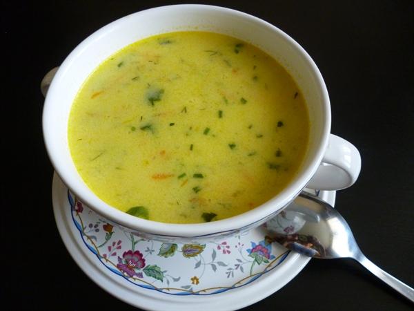 Сырный суп с курицей и грибами
