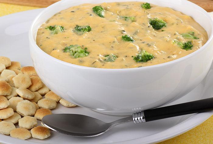 Ароматный сырный суп с брокколи
