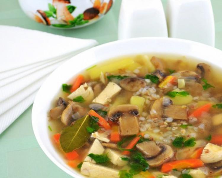 Суп из шампиньонов с курицей
