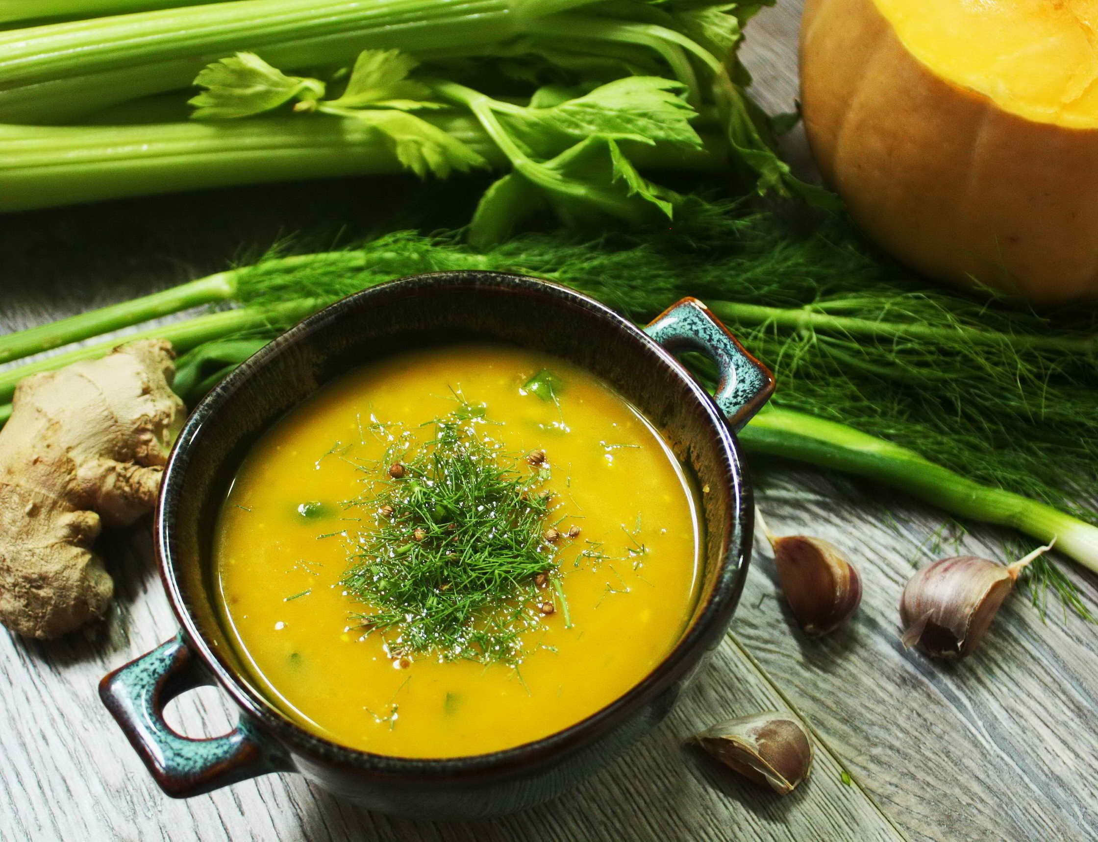 куриный суп со стеблями