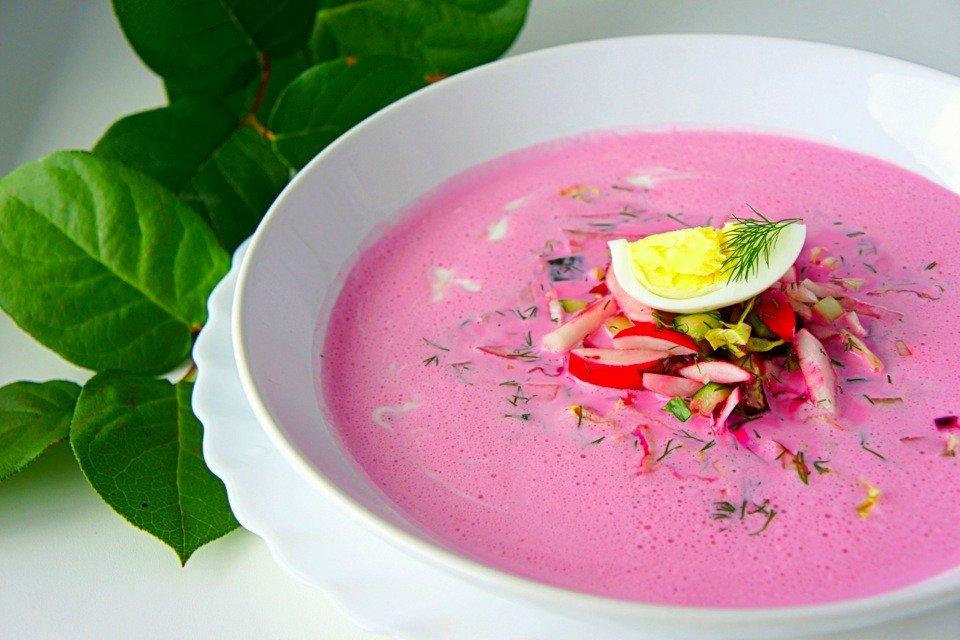 Холодный суп со свеклой