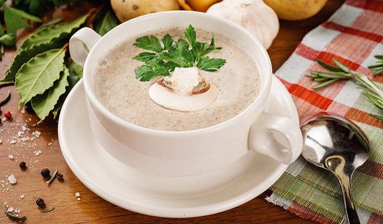 Нежный и сытный креп-суп из шампиньонов