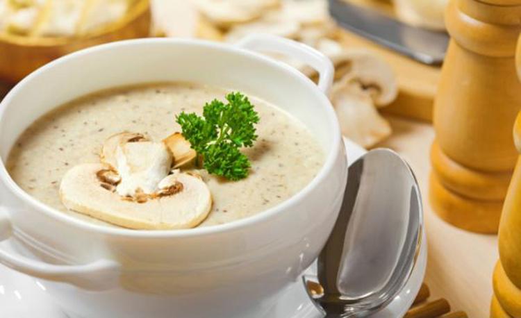 Превосходный сливочный грибной суп