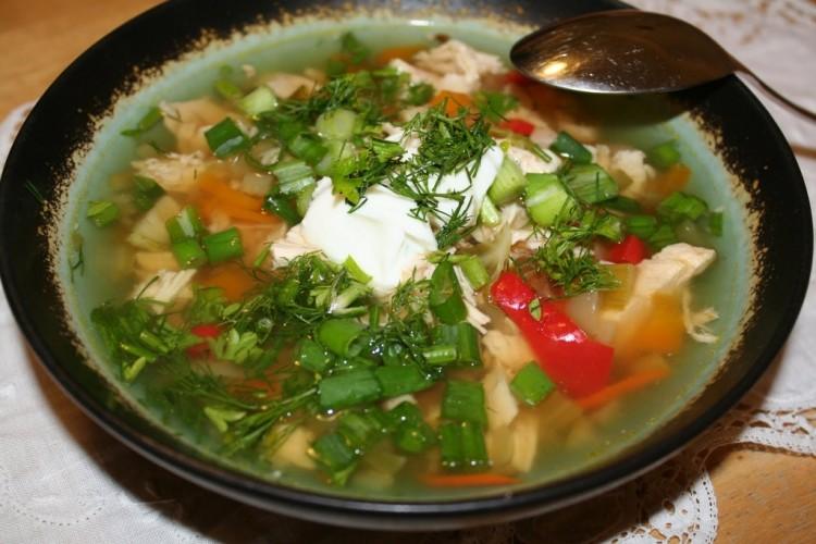 Суп из курочки и болгарского перца