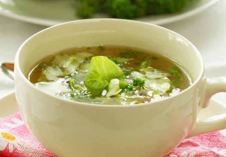 Низкокалорийный суп с капустой