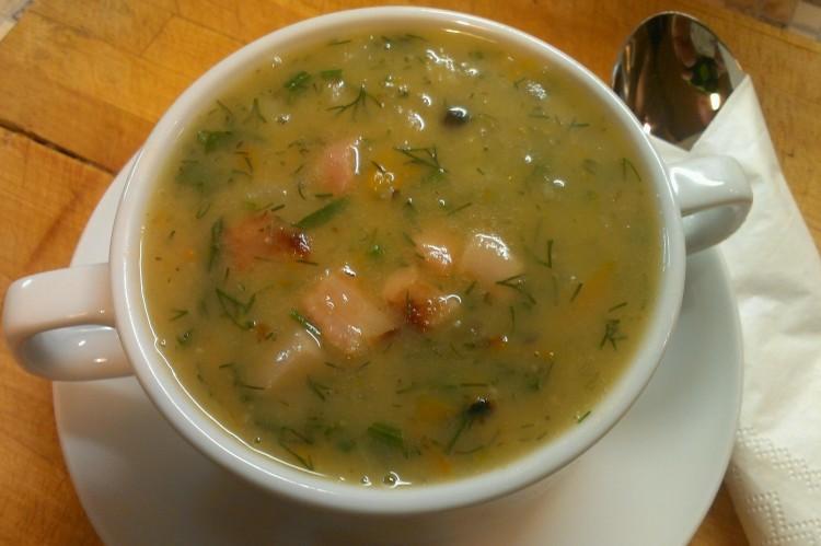 Вкусный суп из гороха