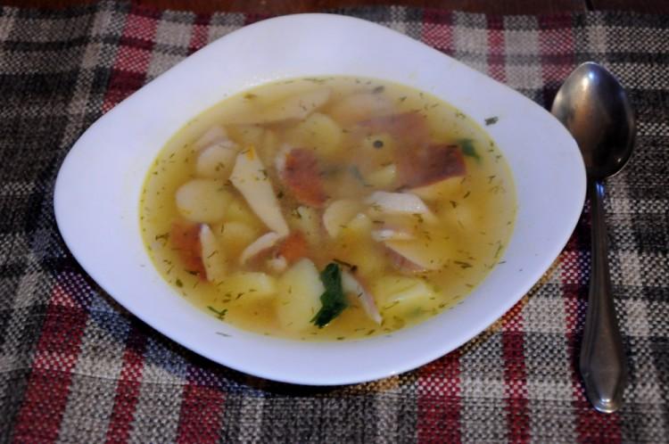 Суп с манкой и белым грибом