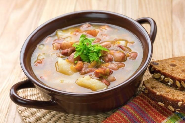 Вкусный мясной суп