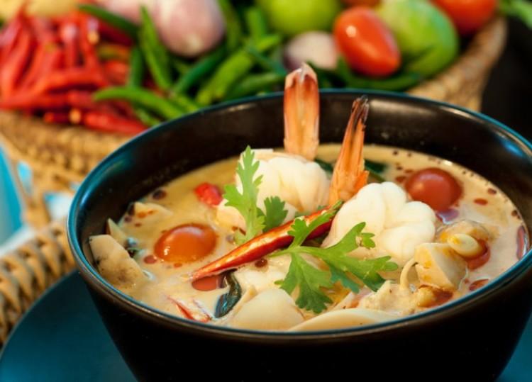 Вкусный суп тайский