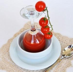 Помидоры с томатным соком