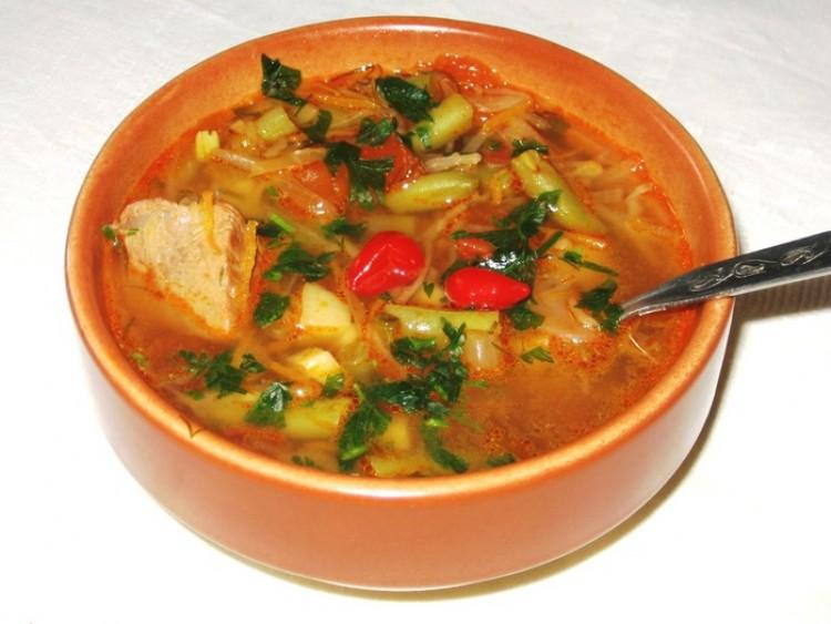 Подача супа чобра