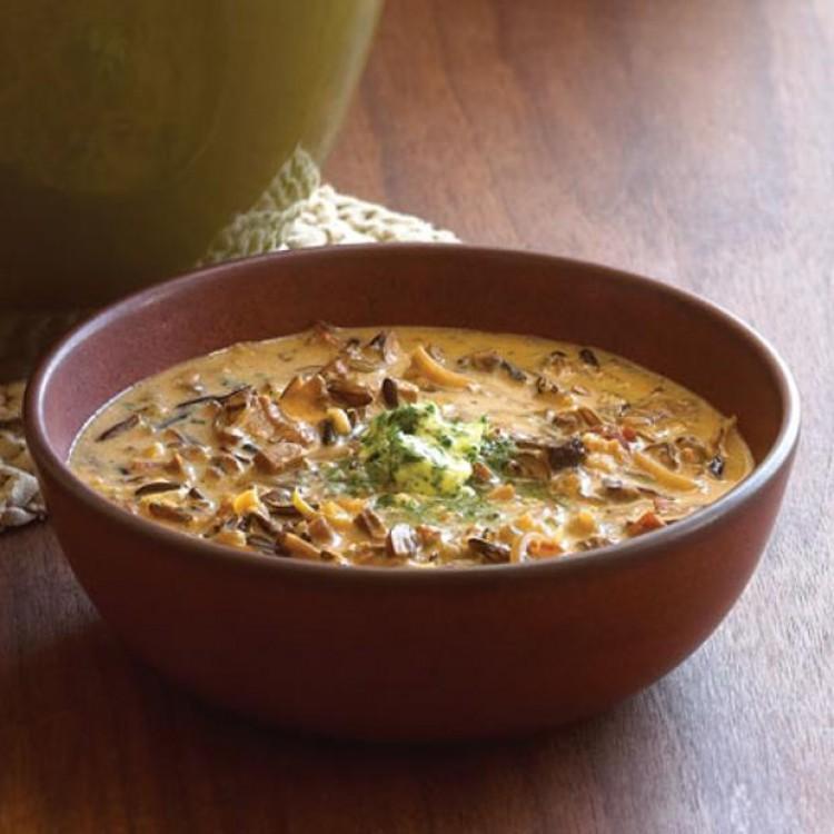 Суп с мясом и грибами