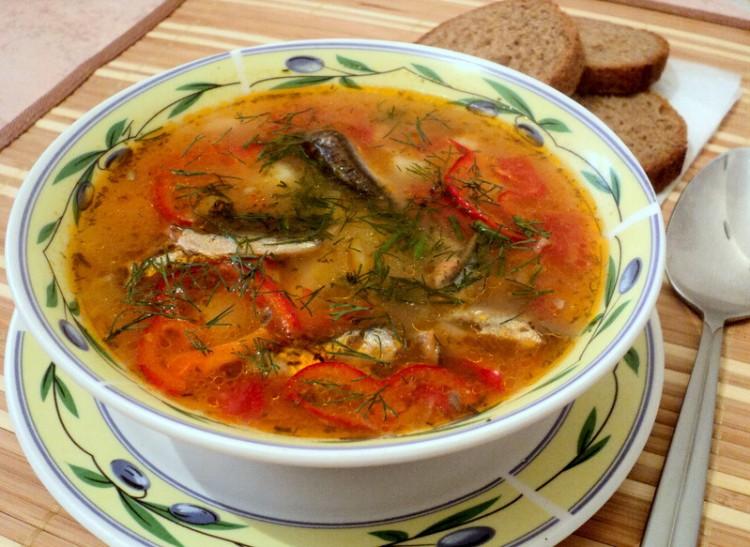 Вкусная килька в томате в супе