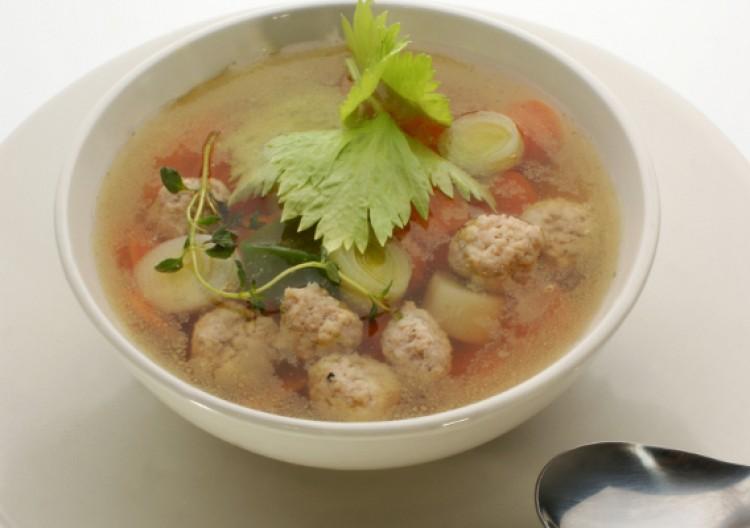 Суп с фрикадельками с рыбы