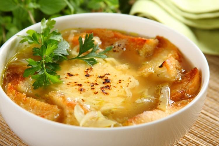 Вкусный луковый суп