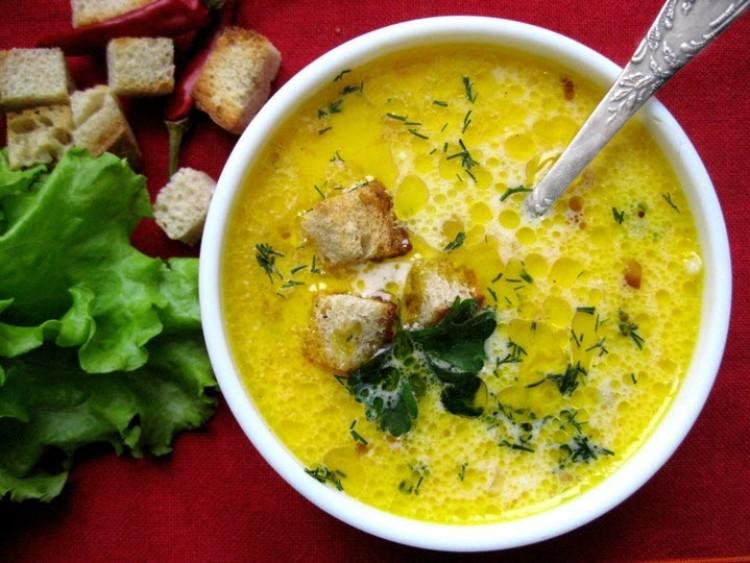 Вкусный суп с сыром и мясом