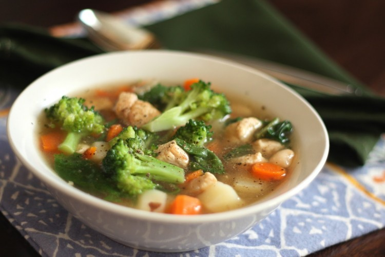 Чем полезен куриный суп