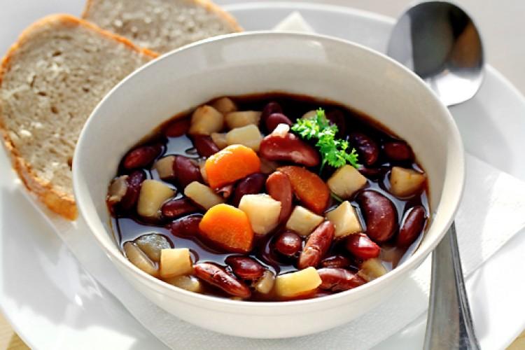 Вкусный суп из фасоли