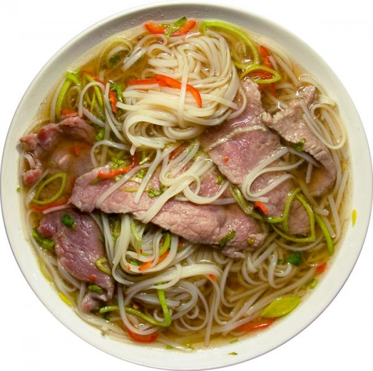 Вкусный суп с лапшой