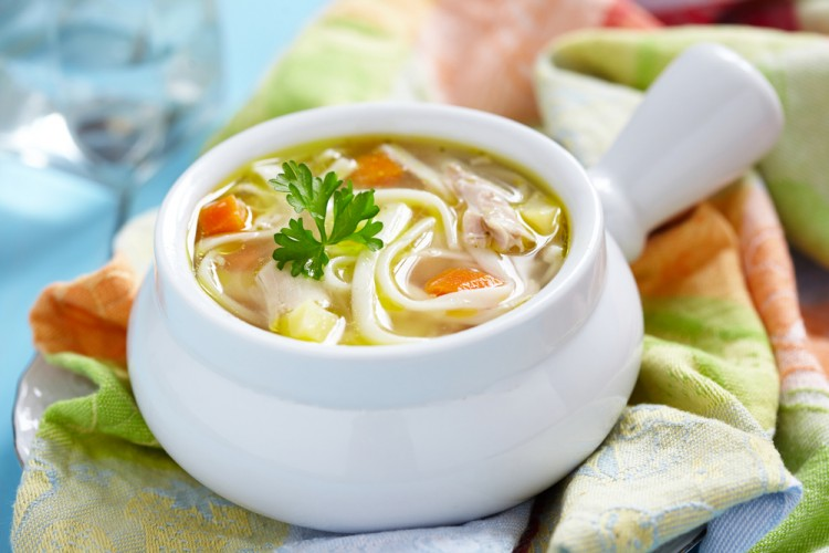 Суп в мультеварке с лапшой
