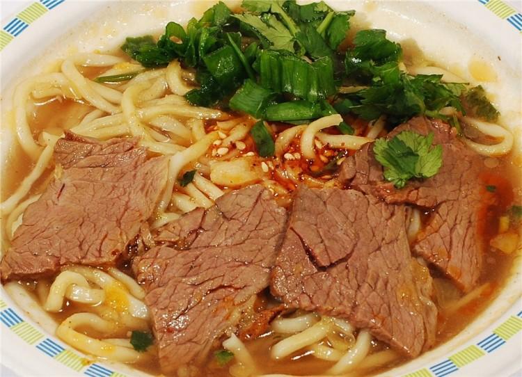Очень вкусный суп с бараниной и лапшой