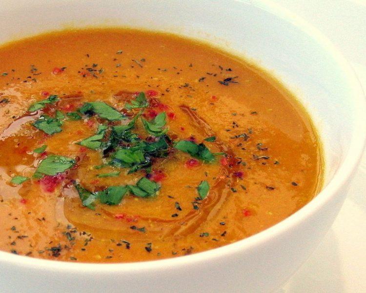 Летний суп из чечевицы