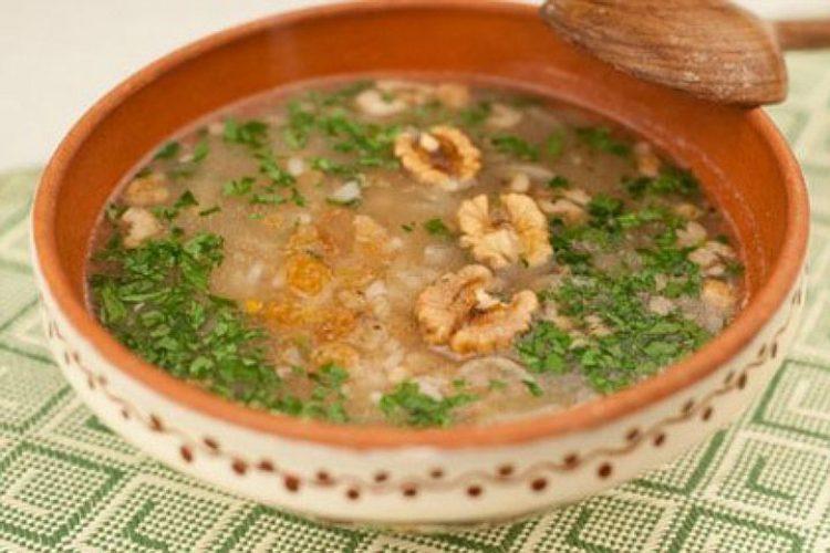 Вкусный суп харчо с курицей