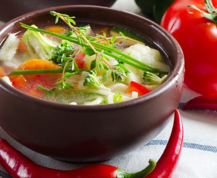 Вкусный суп с овощами
