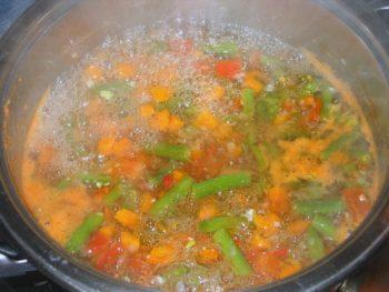 Варим вкусный суп из стручковой фасоли