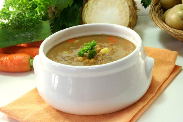 Вкусный суп с чечечвицей