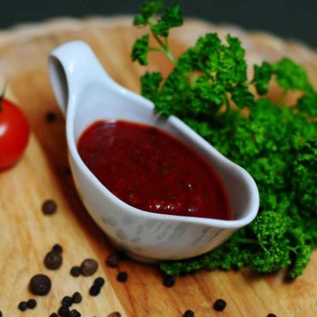Готовим томатный соус дома