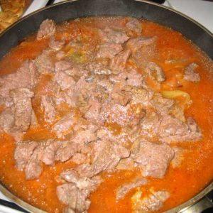 Рецепт подливы для говядины