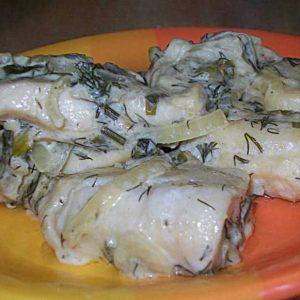 Готовим сметанный соус для рыбы